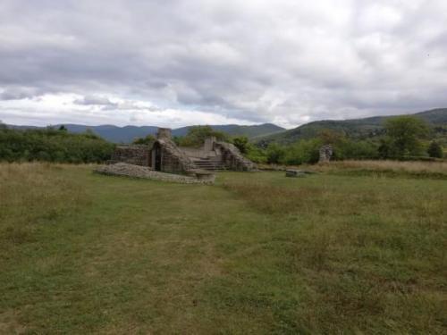 A templom környezete